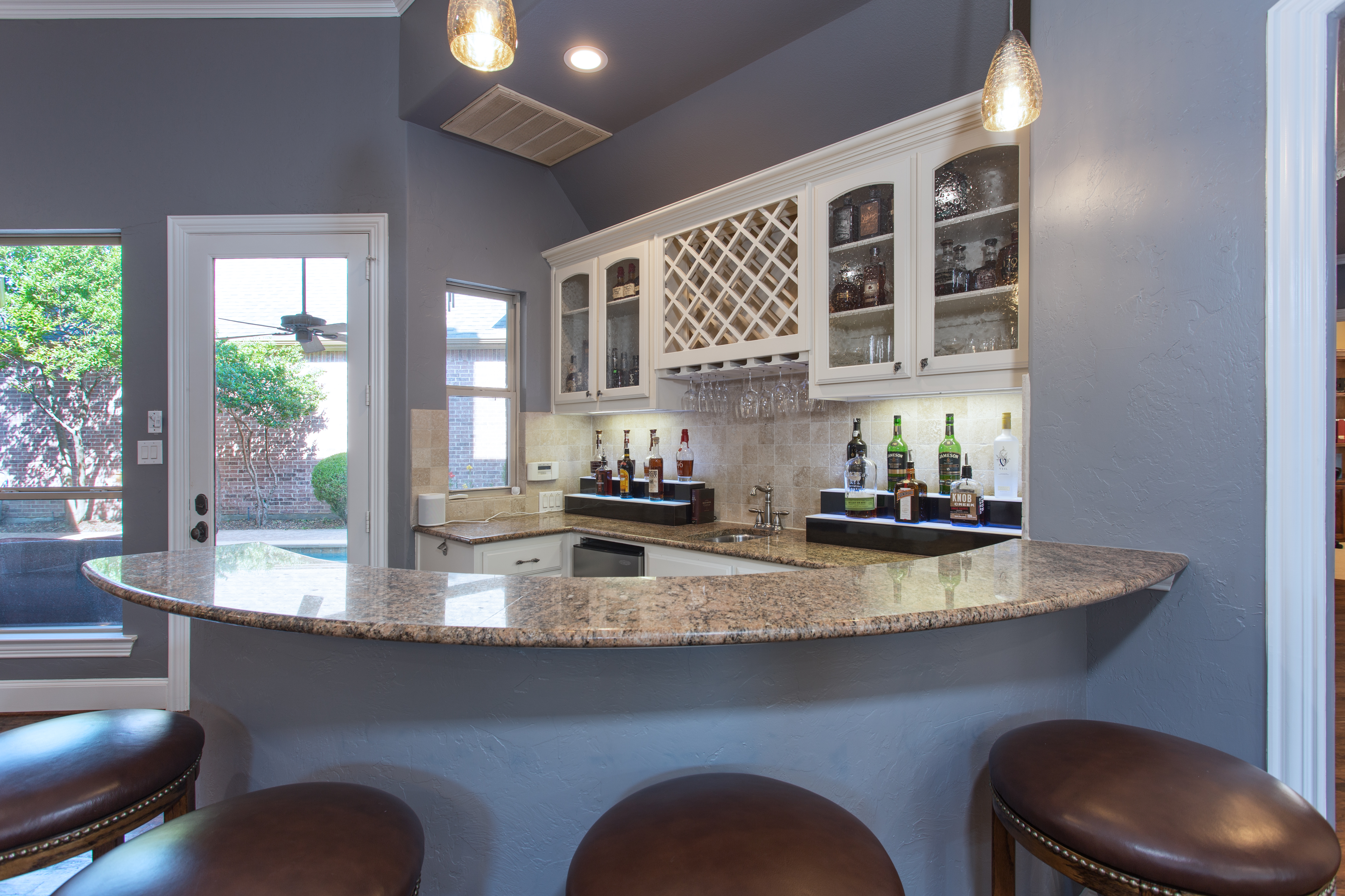 Meadowlark wet bar